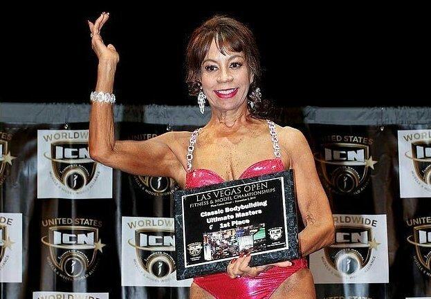 73-летняя жительница Невады выиграла соревнования пофитнесу вбикини (11фото)