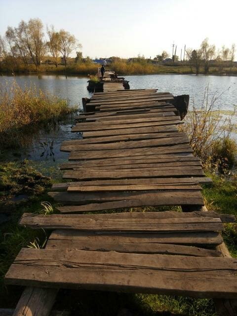 Вот так выглядел старый мост: