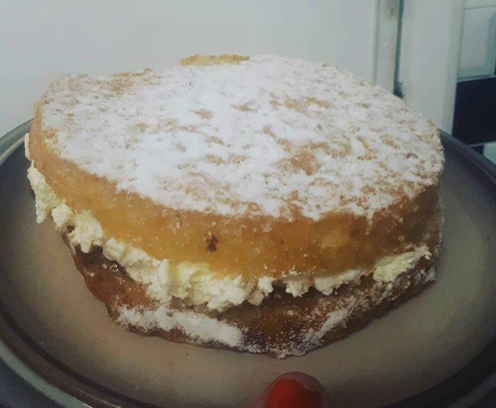 """""""Каждый год мама пекла торт на мой день рождения. Два месяца назад ее не стало. Мой отец старался как мог, и я не смогла сдержать эмоций:"""""""