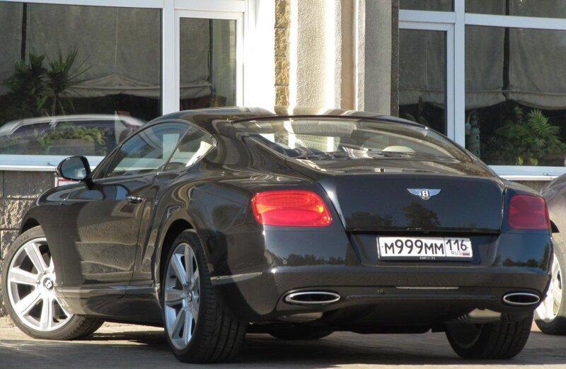 """Россияне смогут купить """"красивые"""" номера для автомобилей за миллионы рублей"""