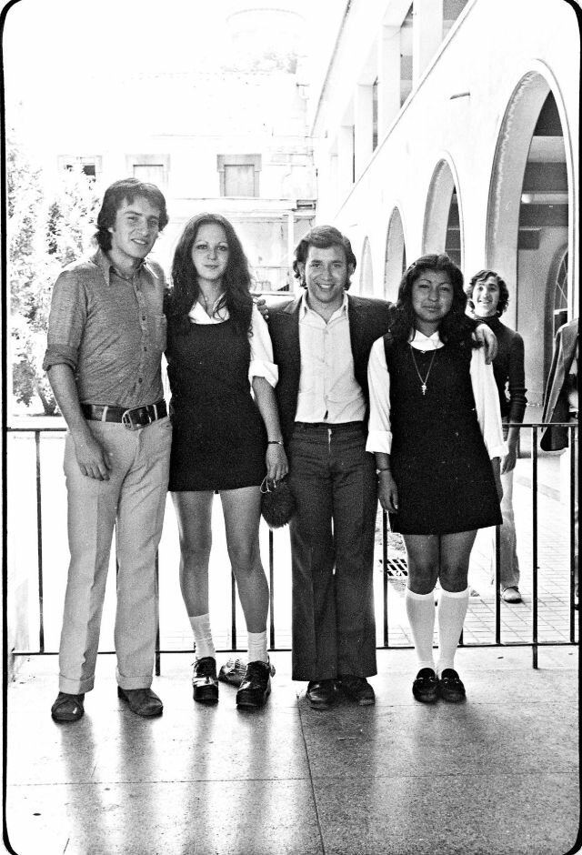 как одевалась молодежь в ссср фото таких грандиозных