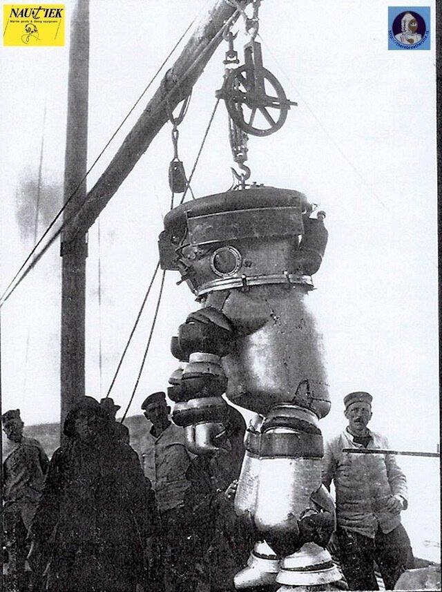 Водолазные костюмы немецкой фирмы «Нойфельд и Кунке», 1917-1940. Костюм первого поколения