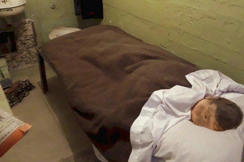 Заключенный сбежал из красноярской колонии, оставив вместо себя муляж
