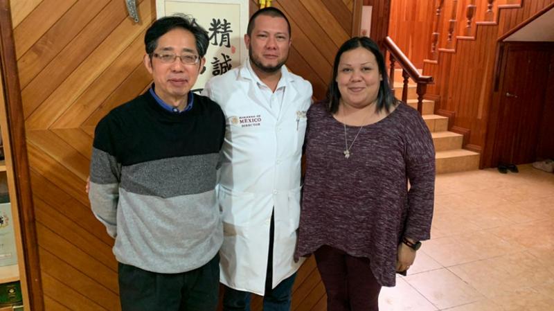 Китайского профессора с простудой атаковали похоронные конторы