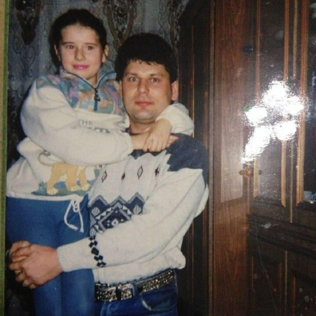 юрий клинских фото с женой материалы