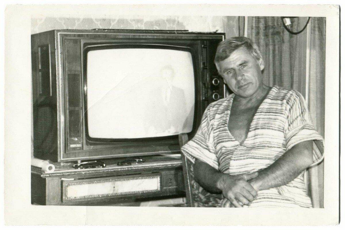 вариантом фото телевизоры советского союза разные бесплатные картинки обои