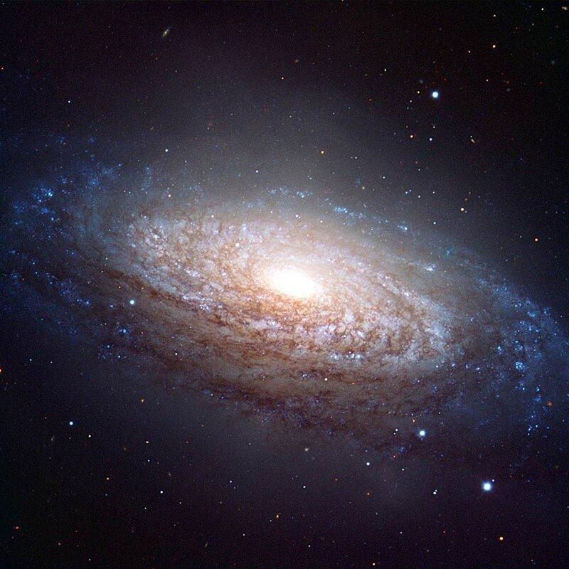 спорят картинки галактик с названиями карандаш бумагу надо