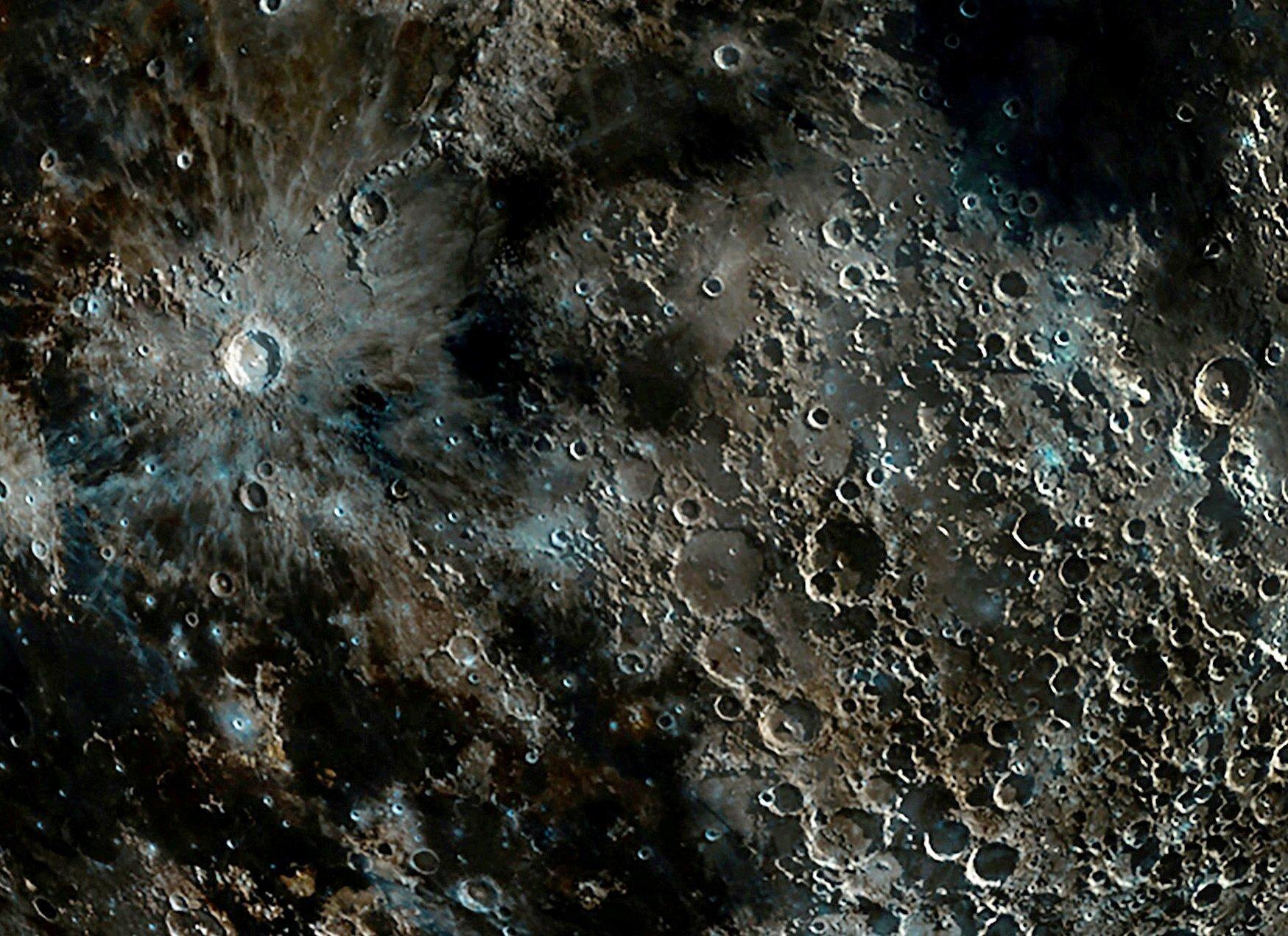 красивых самые четкие фото луны привлекает внимание
