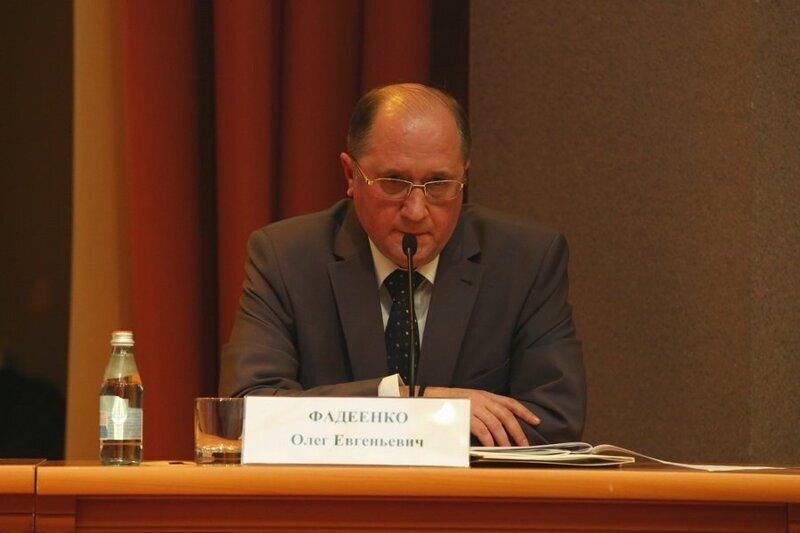 Грабеж средь бела дня: глава Красносельского района Фадеенко взялся за автолюбителей