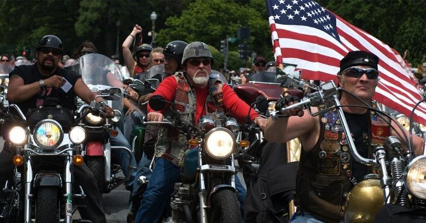 Байкеры США торопятся в Сиэтл: Битва за Капитолйский холм намечается на 4 июня: видео