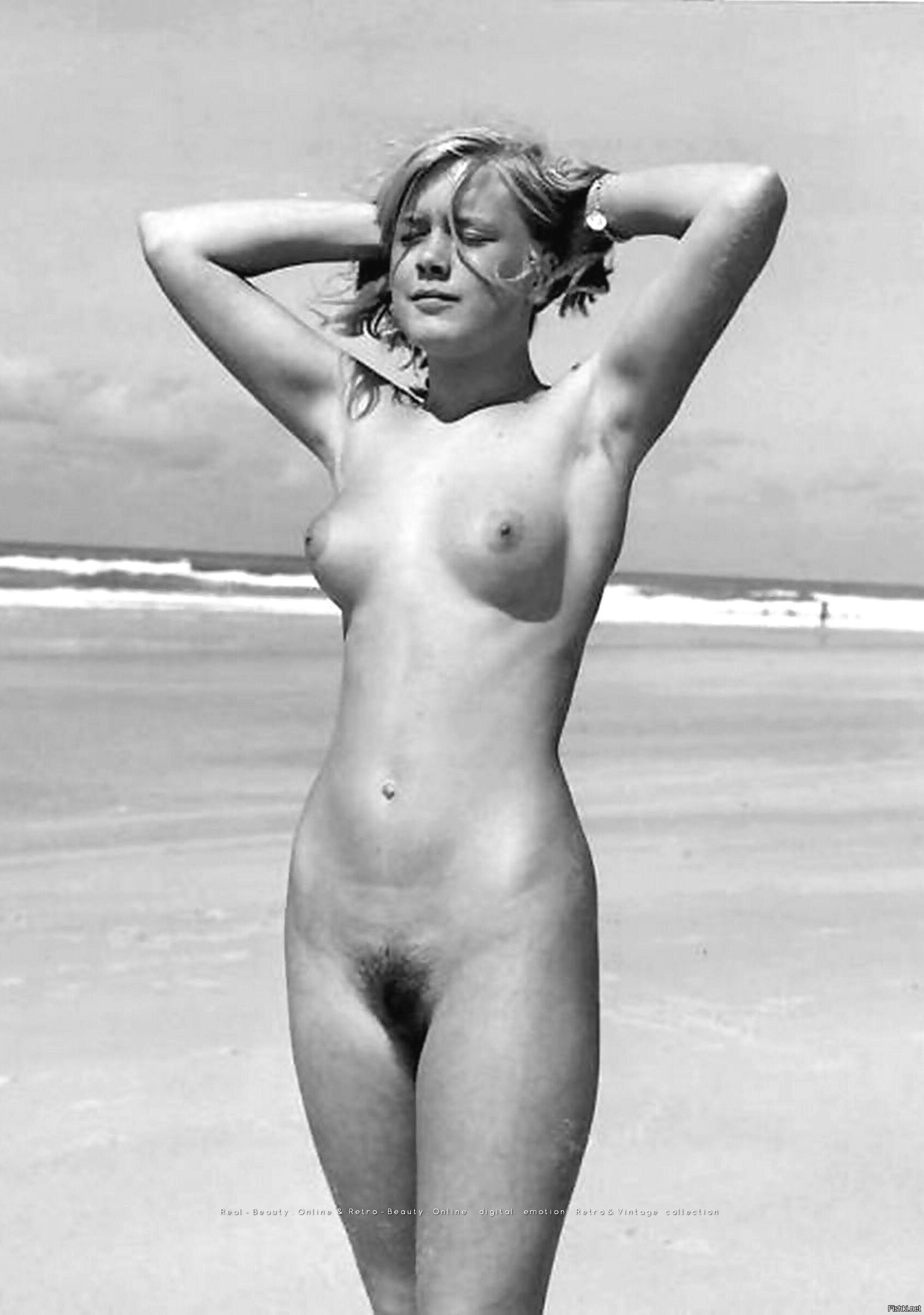 Hot naked women photos