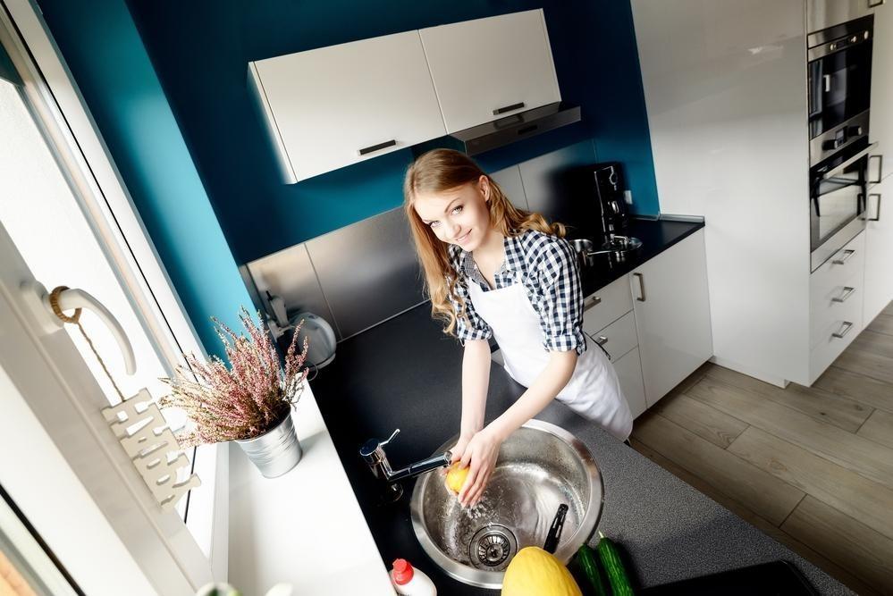 Посуда вгостях: мыть илинемыть?