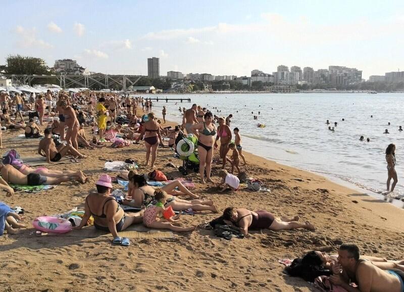 Отдых в Краснодарском крае назвали мучением и сравнили его с турецкими курортами
