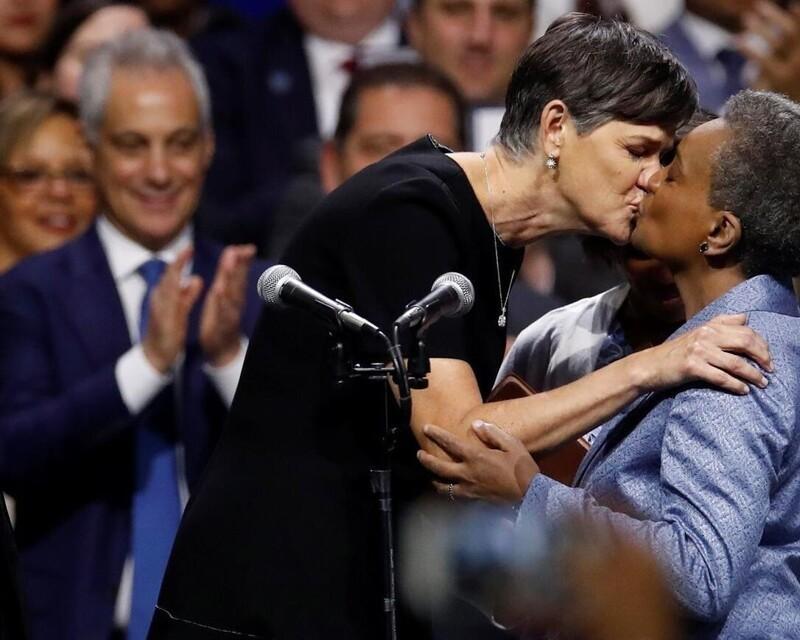 Знакомьтесь - мэр Чикаго Лори Лайтфут и её жена
