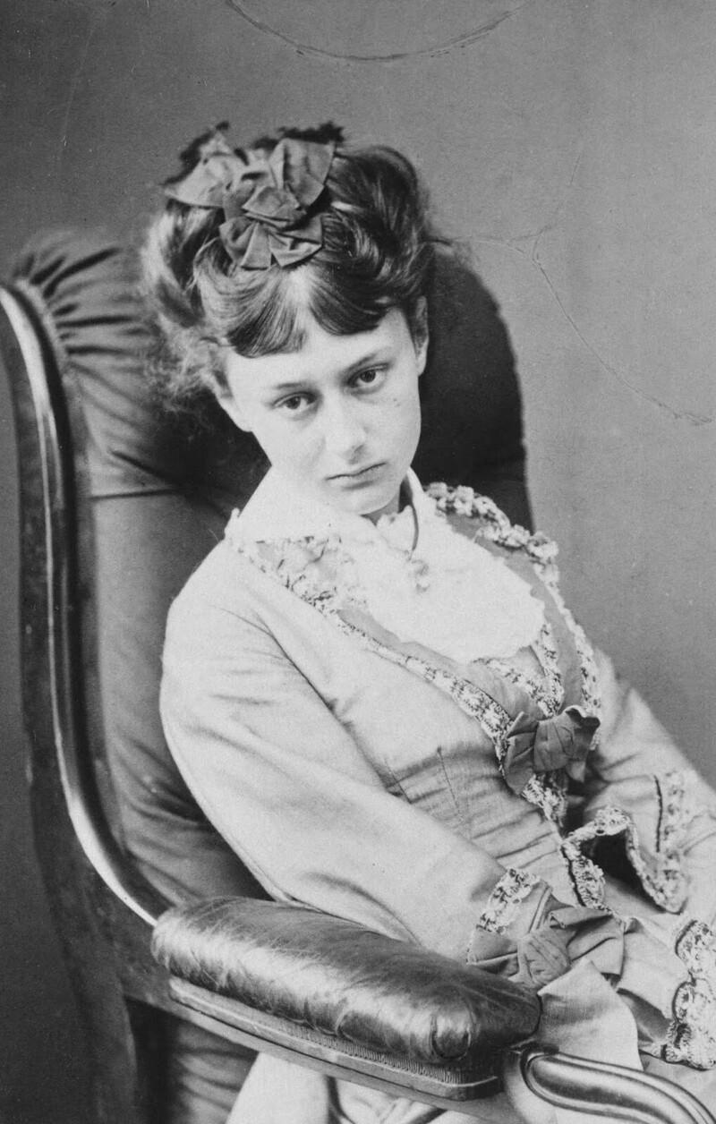 20-летняя Алиса Лидделл, 1872 г.