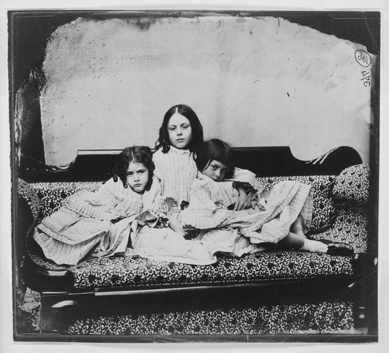 Лорина, Эдит и Алиса Лидделл, 1859 г.
