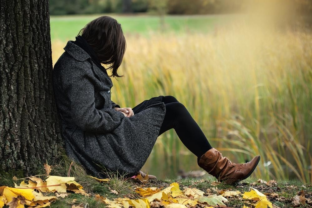 Почему осенью появляется либо обостряется депрессия?