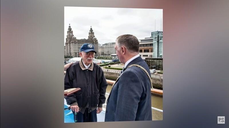 Невероятная история дедушки, который взял билет на лайнер и уже 13 лет на нем живет