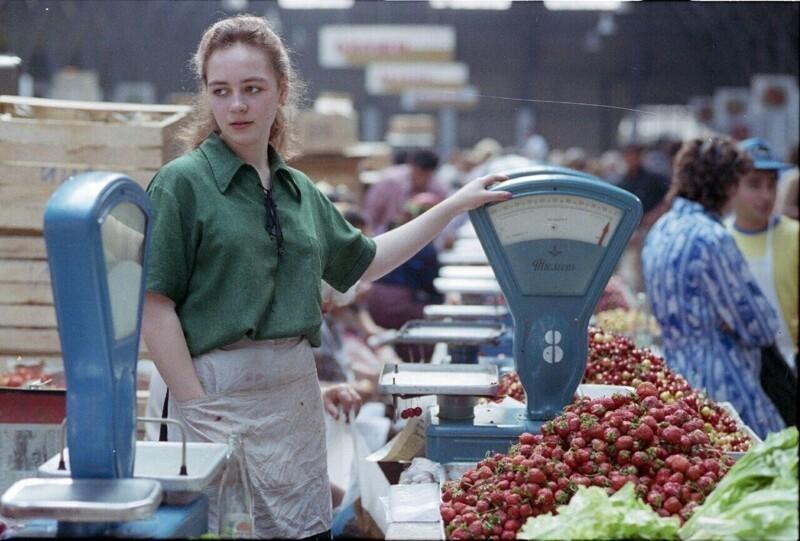 На Кузнечном рынке, 1991 год.
