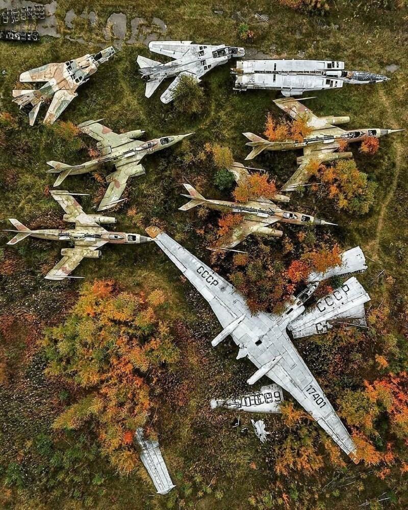 На задворках Центрального музея ВВС России в Монино: