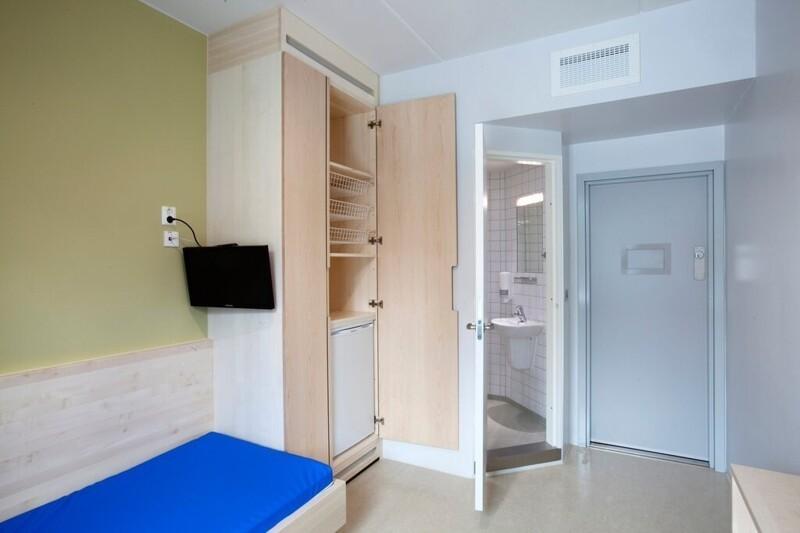 3. Тюремная камера в норвежском городе Халден