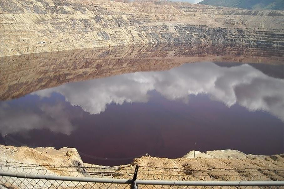 Самое токсичное вмире озеро