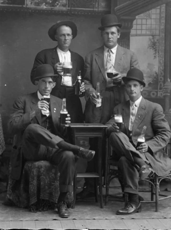 Кутежи изпрошлого: веселье предков и20занимательных фактов овыпивке