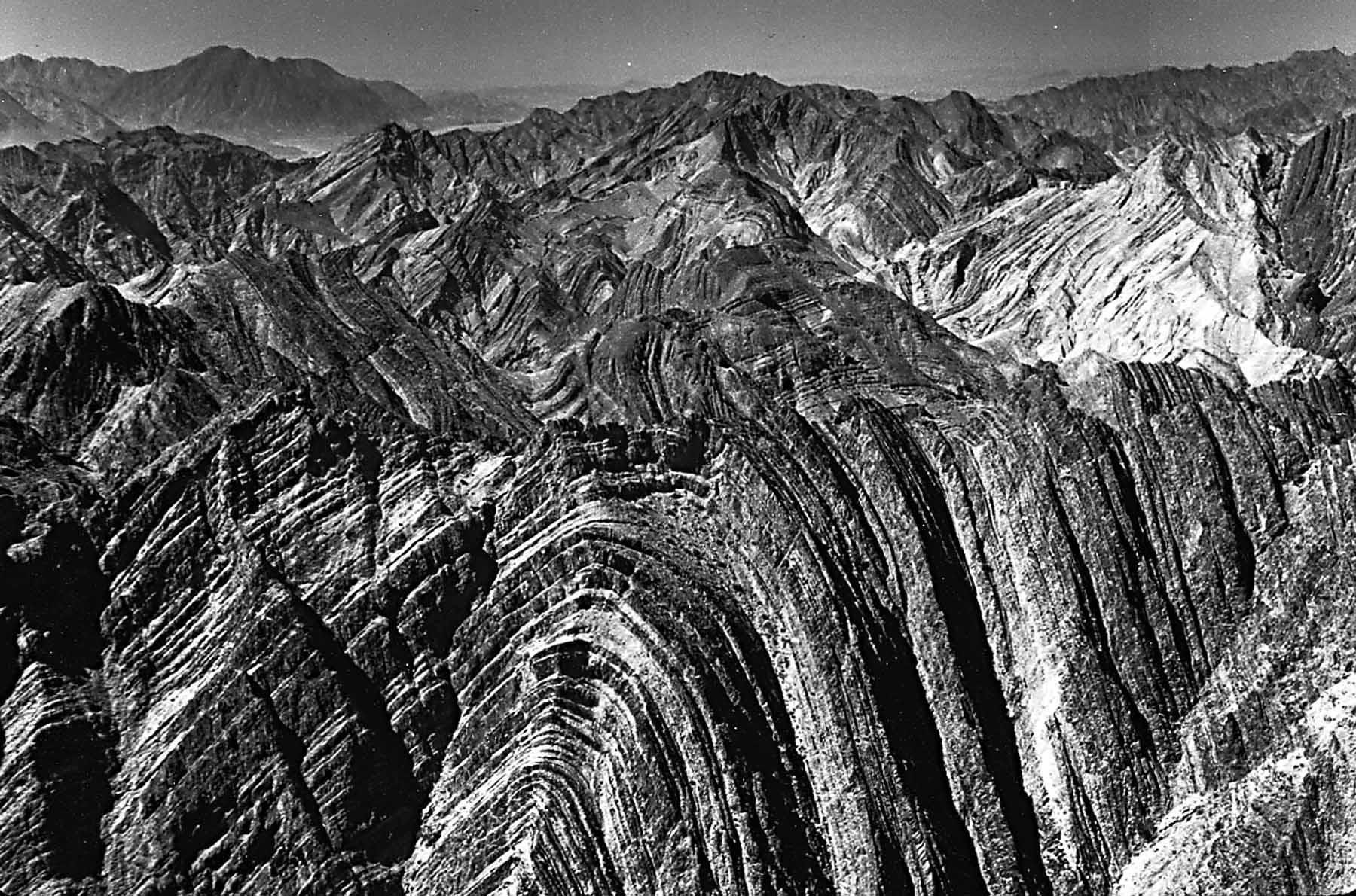 Когда Земля формировалась: 25самых красивых антиклиналей исинклиналей напланете