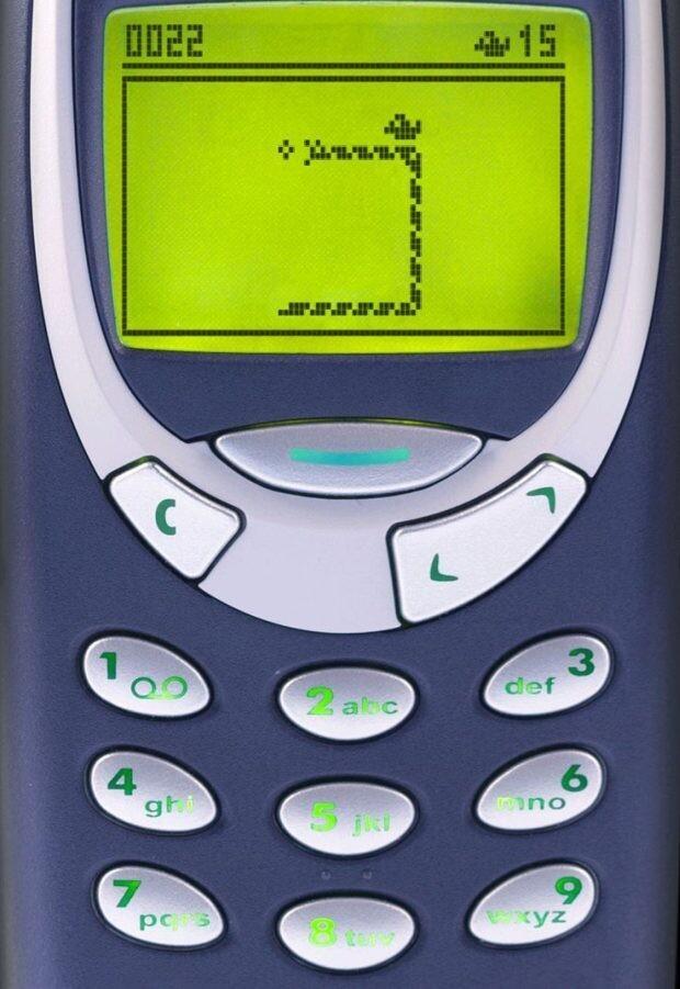 """""""На чёрно-белых Nokia змея переставала расти"""""""