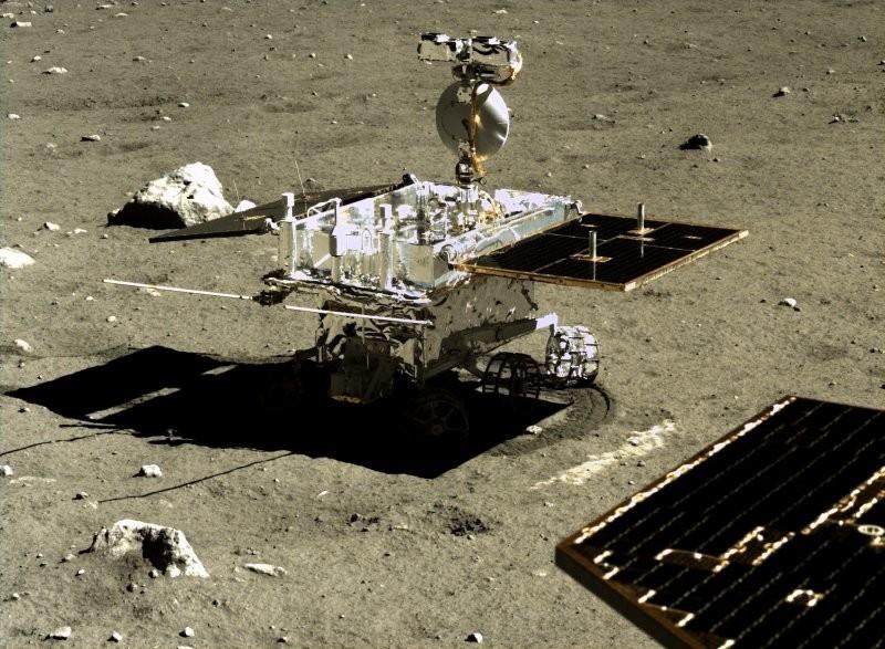 """""""Юйту"""" — первый за 40 с лишним лет планетоход, работавший на Луне с момента завершения деятельности советского «Лунохода-2»"""