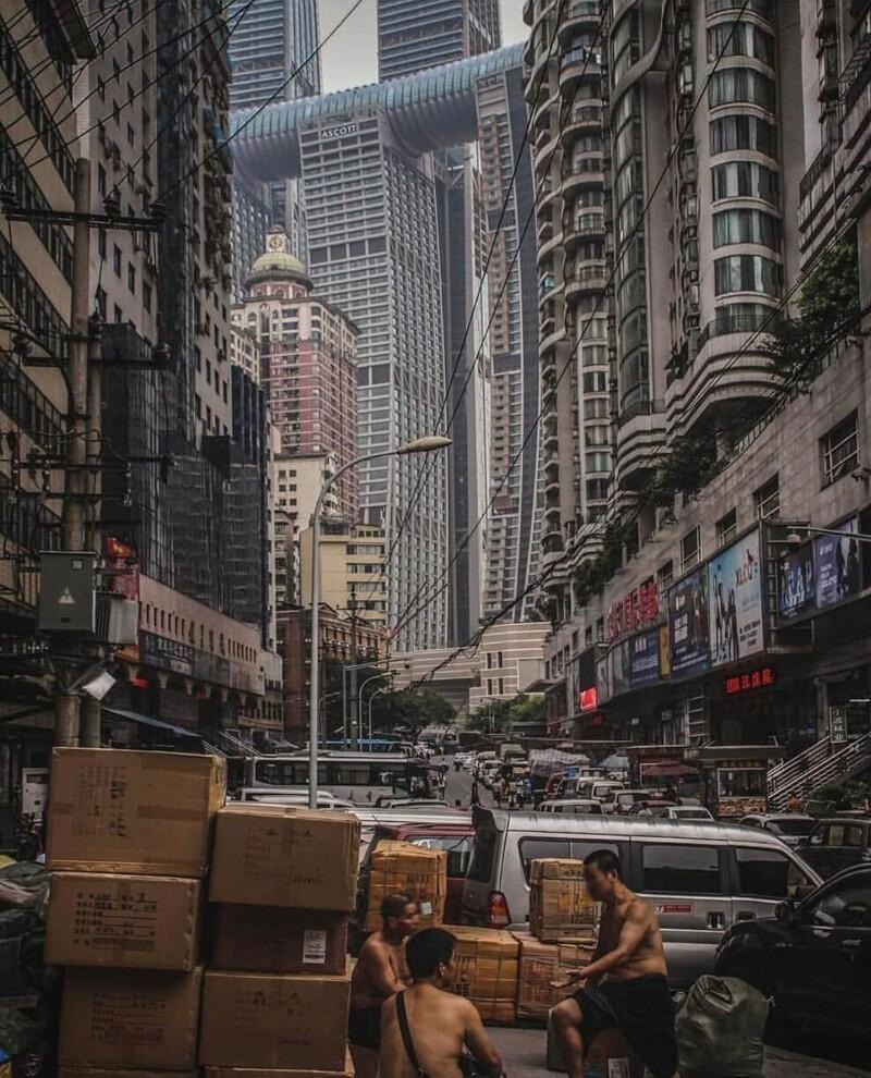 10. Брутальная архитектура китайского города Чунцин