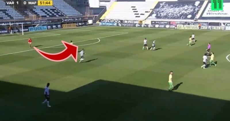 Прямо вцель: вратарь одним ударом забил гол